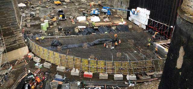 Curved edge rebar work on Washington Park Reservoir, Photo courtesy of portlandandoregon.gov