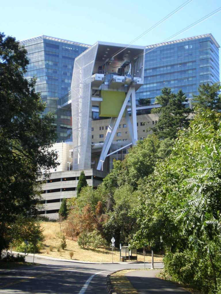 Portland Aerial Tram and OHSU tram entrance. Photo by Another Believer.