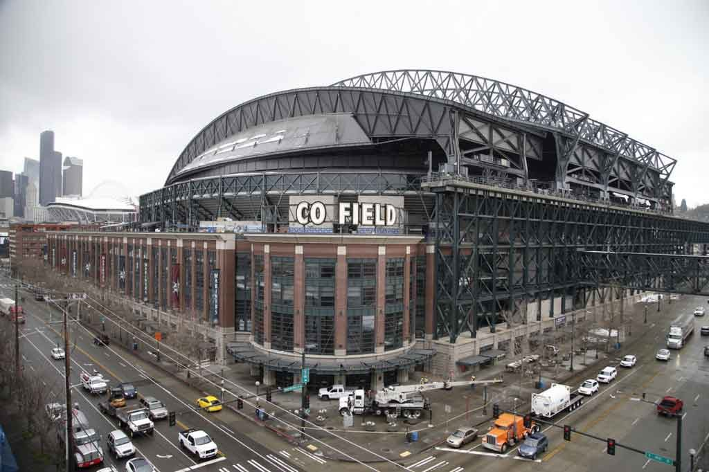 Safeco Field in Seattle exterior main entrance. Photo courtesy of marinersblog.