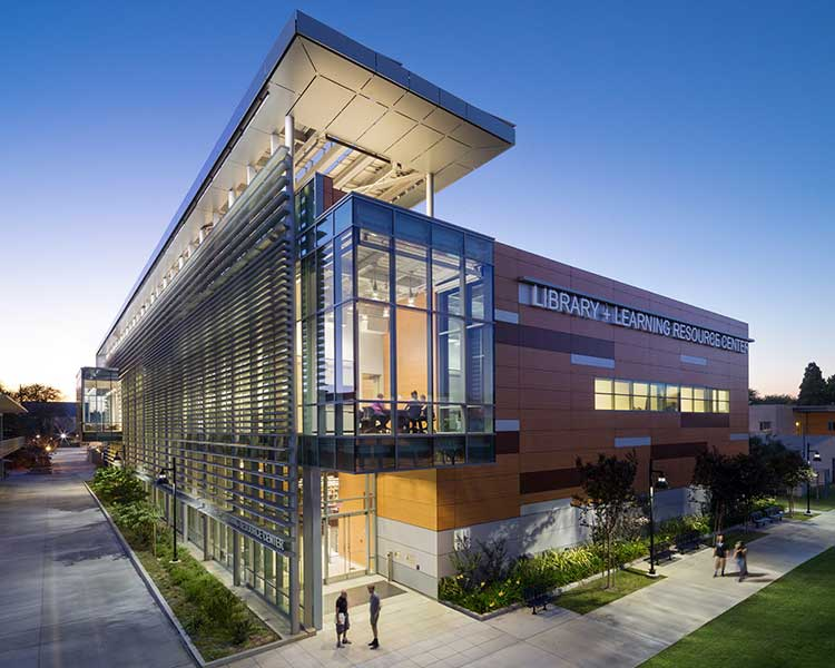 LA's Harbor College. Photo courtesy of KGM Lighting.