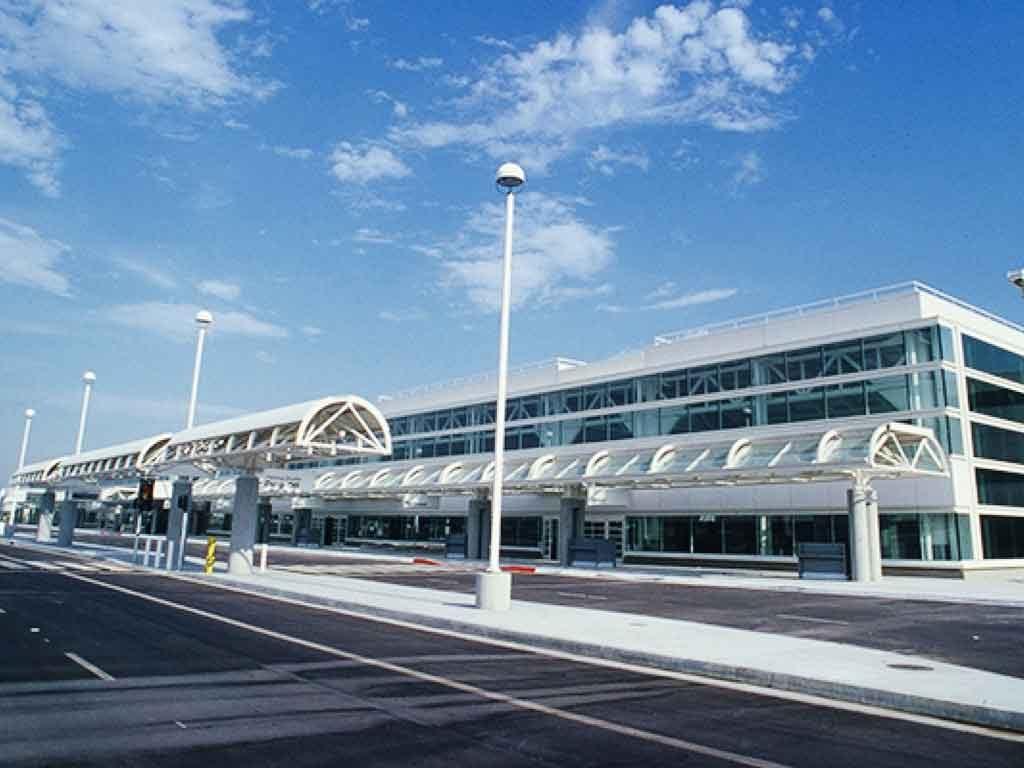 Ontario International Airport main entrance. Photo courtesy of discoverla.com.